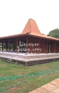 Keunikan Rumah Joglo Jawa Timur Jual Rumah Joglo Limasan Kayu Jati Tua Dan Kuno Harga Murah